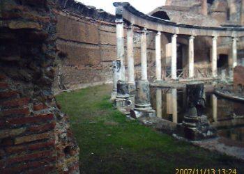 Rome in Limousine Villa Adriana5